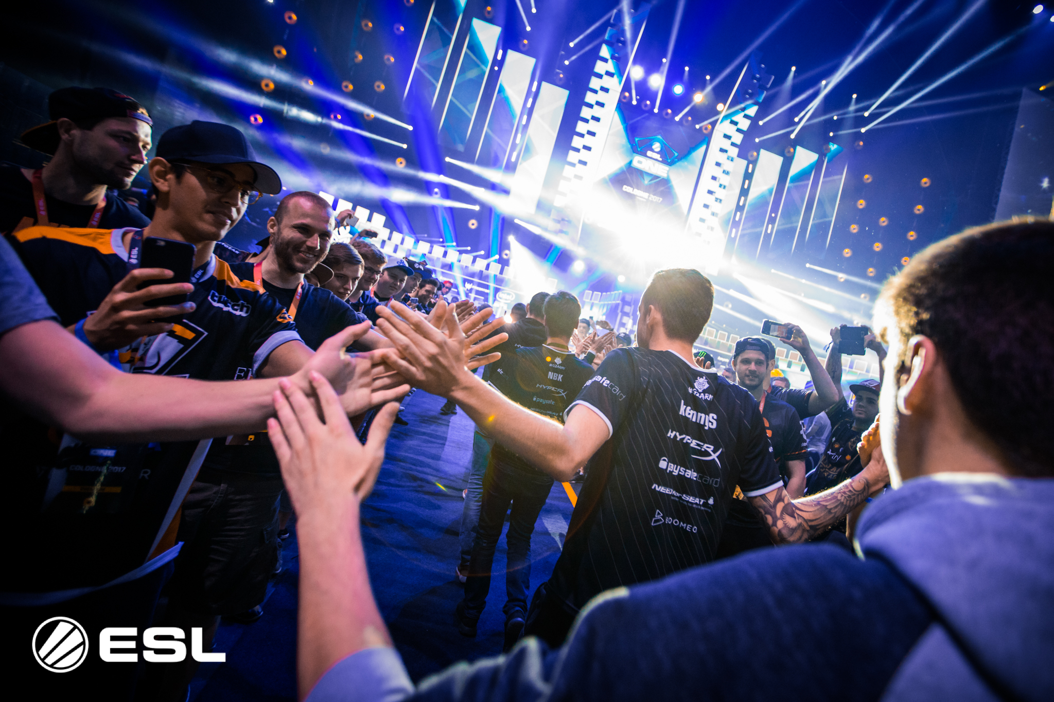 G2 joins the race with dominant win in Sweden